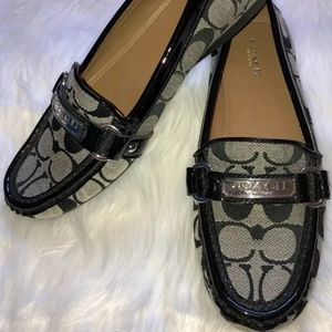 Coach Felisha Shoe SZ 8M Black trim Worn Only Once